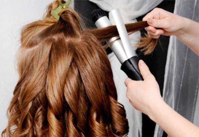 Cara Membuat Rambut Keriting Gantung Terlihat Rapih